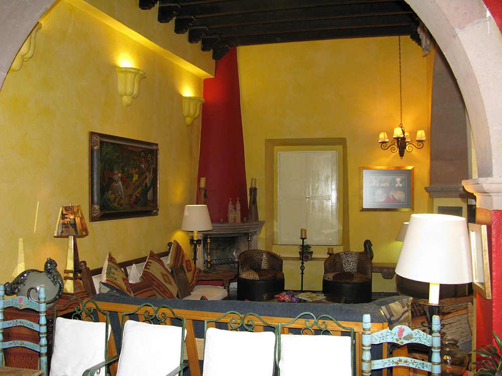 Large Room for families visiting San Miguel de Allende